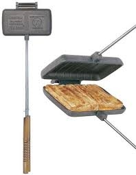 Sandwichmaker doppelt aus Gusseisen, mit Stiel und Holzgriff