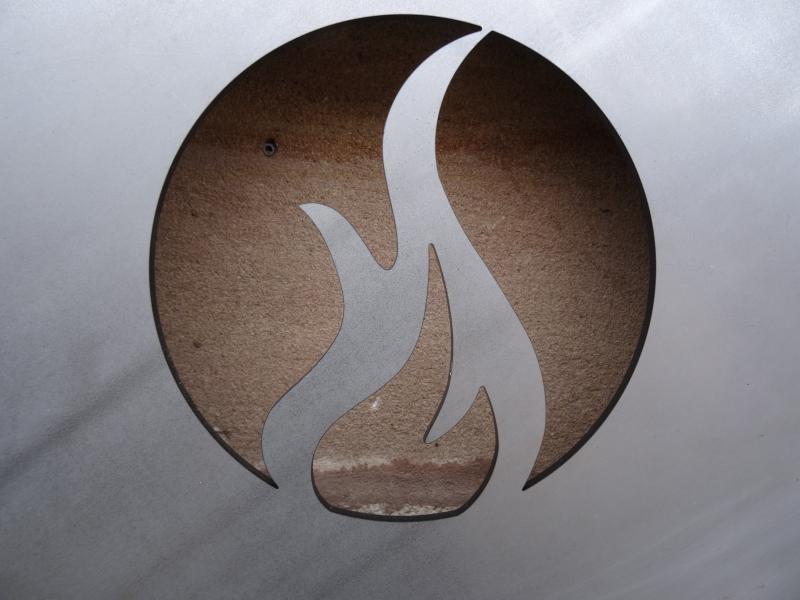 Stahl-Feuerplatte mit Flamme, Orig. Feuertopfshop.de