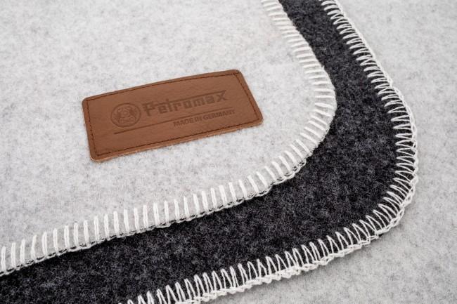 Petromax Wolldecke 150 x 200 cm (Rauchweiß/Dunkelgrau)