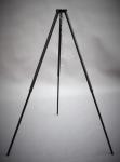 Dreibein mit Aufhängekette und Haken