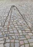 Dreibein, handgeschmiedet, Höhe ca. 110cm
